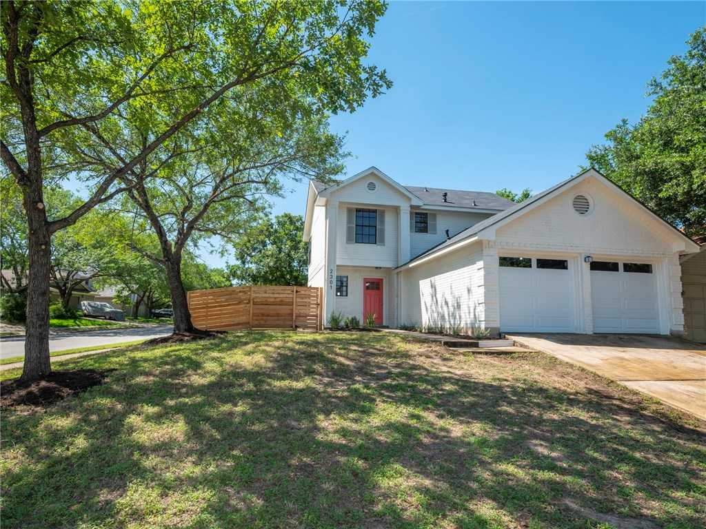 $289,900 - 3Br/3Ba -  for Sale in Wells Branch Ph D Sec 01, Austin