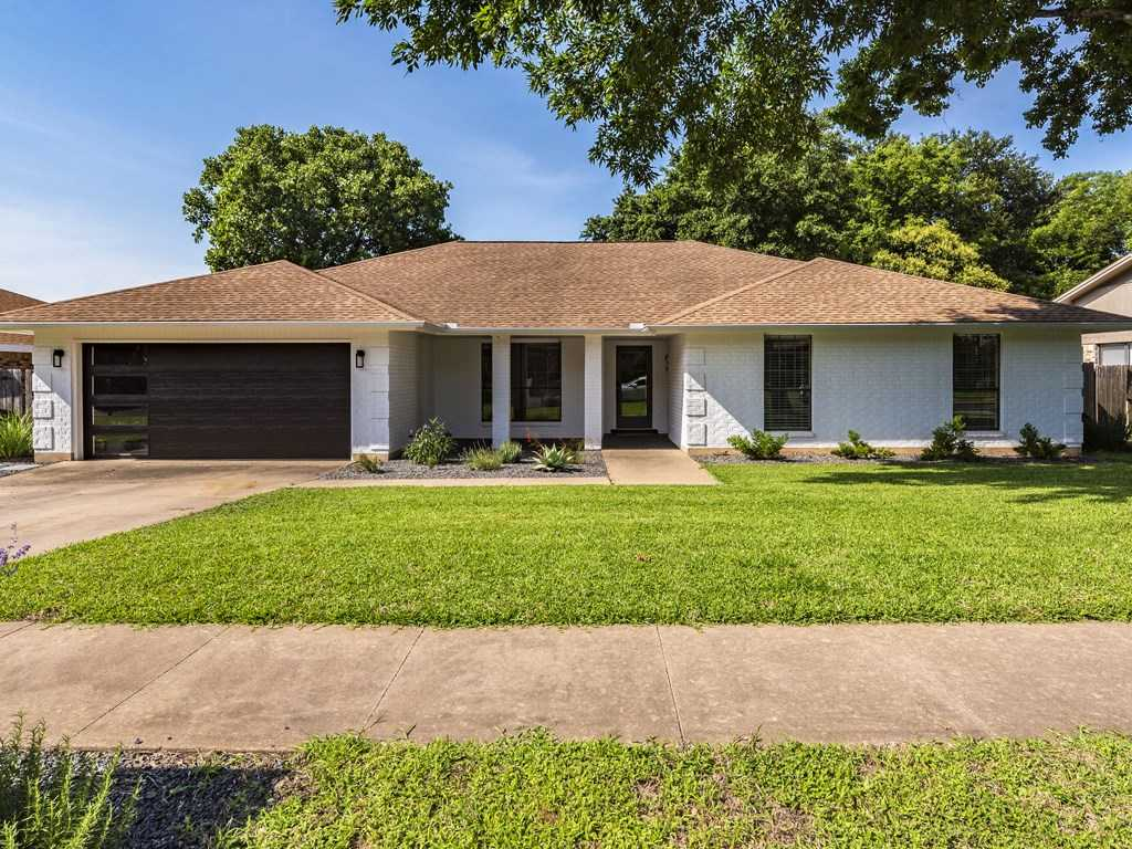 $395,000 - 3Br/2Ba -  for Sale in Woodland Village Anderson Mill, Austin