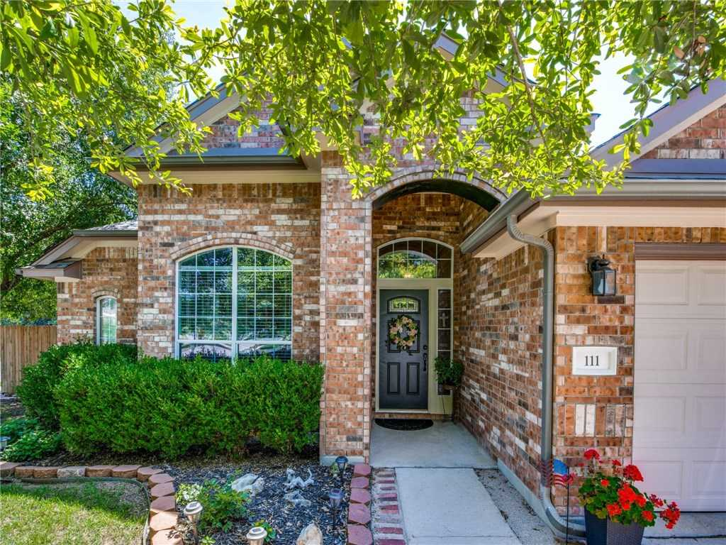 $335,000 - 3Br/2Ba -  for Sale in Whispering Hollow Ph 1 Sec 2a, Buda