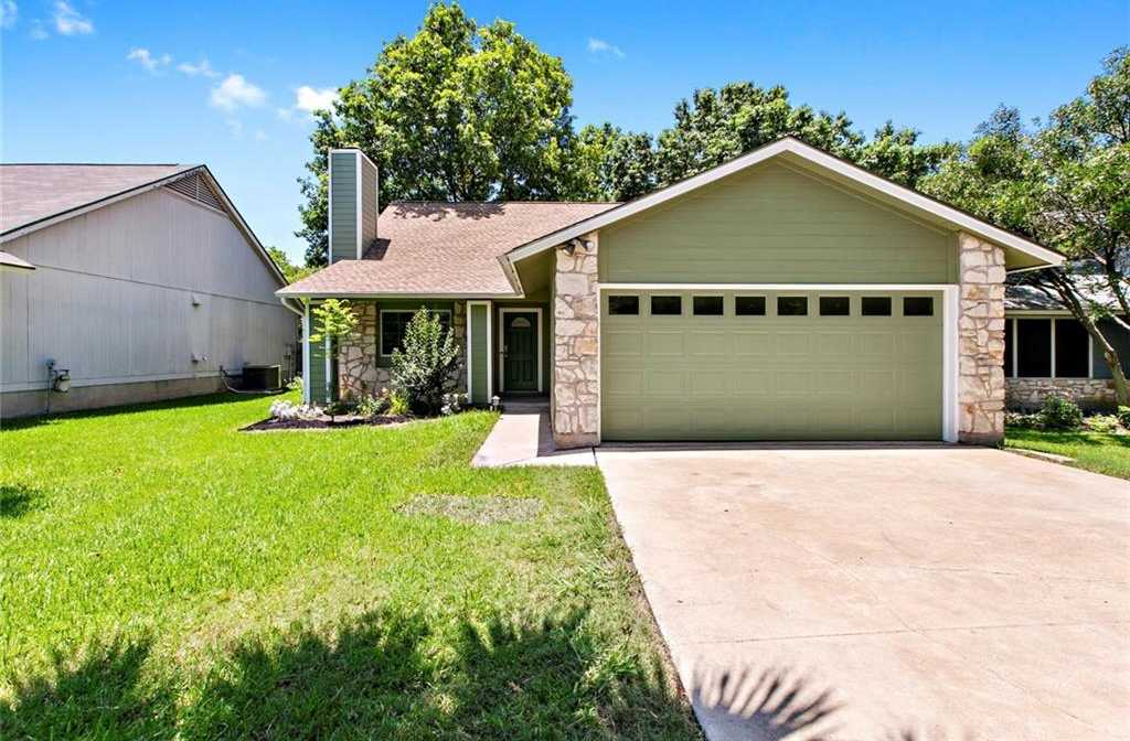 $284,900 - 3Br/3Ba -  for Sale in Tanglewood Forest Sec 02 Ph A, Austin