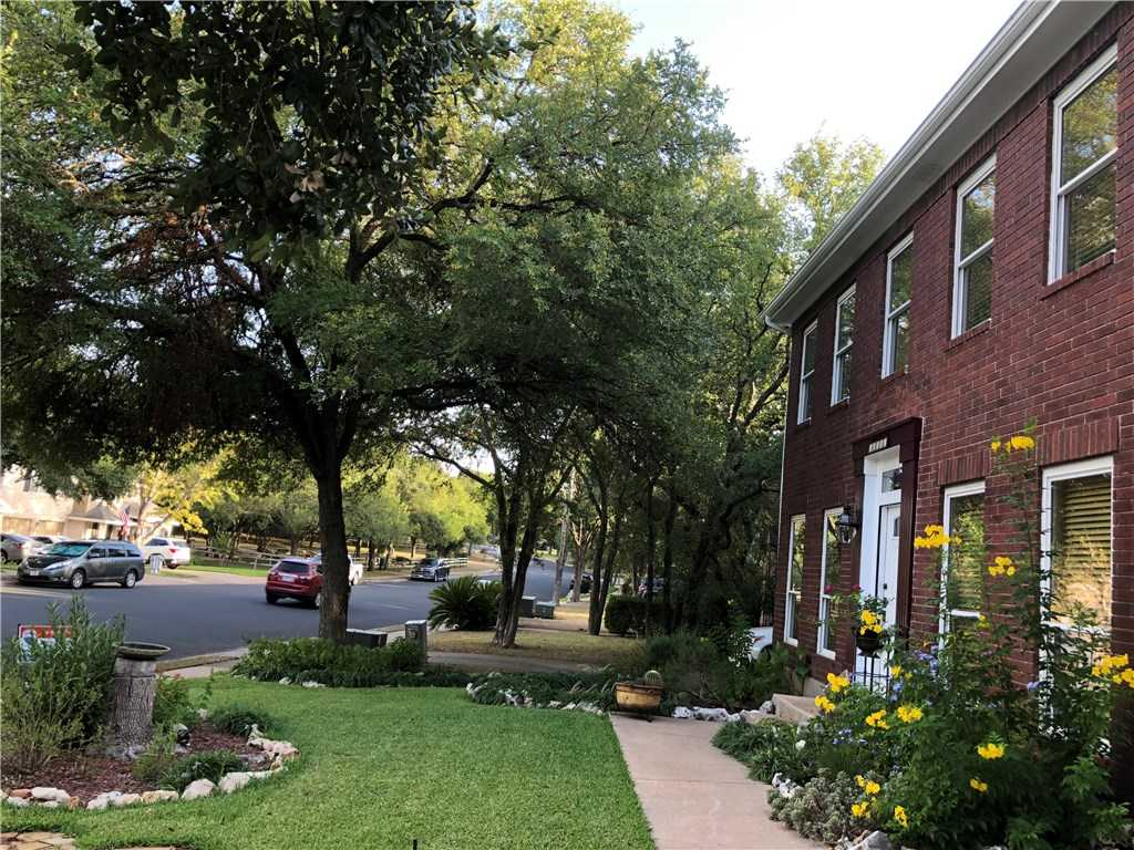 $425,800 - 5Br/4Ba -  for Sale in Shady Hollow Sec 06 Ph C, Austin