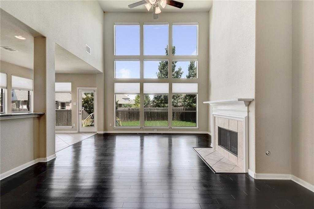 $300,000 - 4Br/3Ba -  for Sale in Star Ranch Sec 2, Hutto