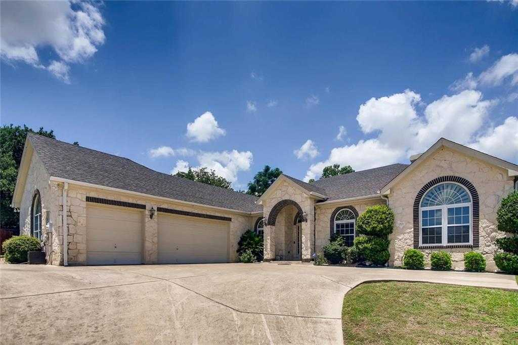 $530,000 - 4Br/3Ba -  for Sale in Forest Creek Sec 28, Round Rock