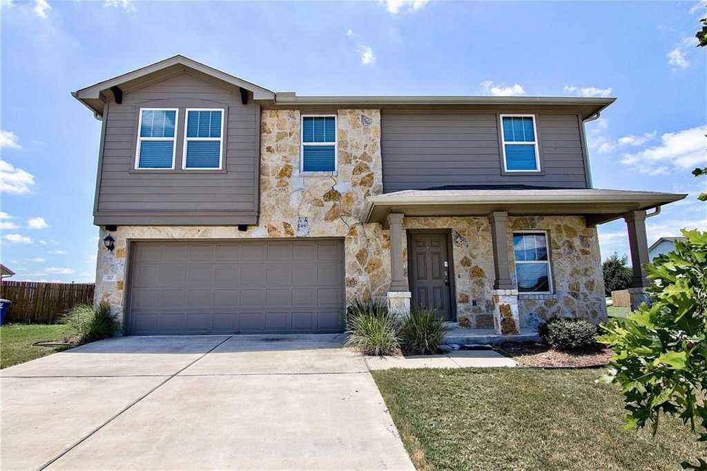 $235,000 - 4Br/3Ba -  for Sale in Glenwood, Hutto