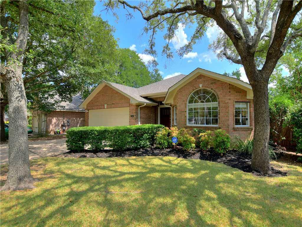 $400,000 - 3Br/2Ba -  for Sale in Legend Oaks Sec 07, Austin