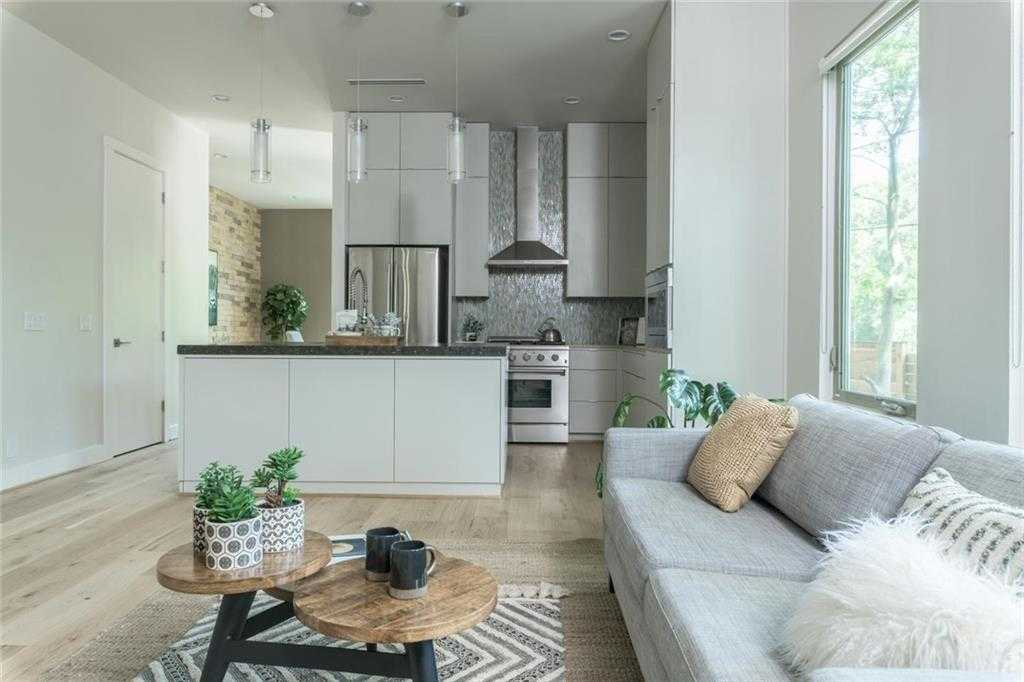 $711,000 - 3Br/2Ba -  for Sale in Travis Heights, Austin
