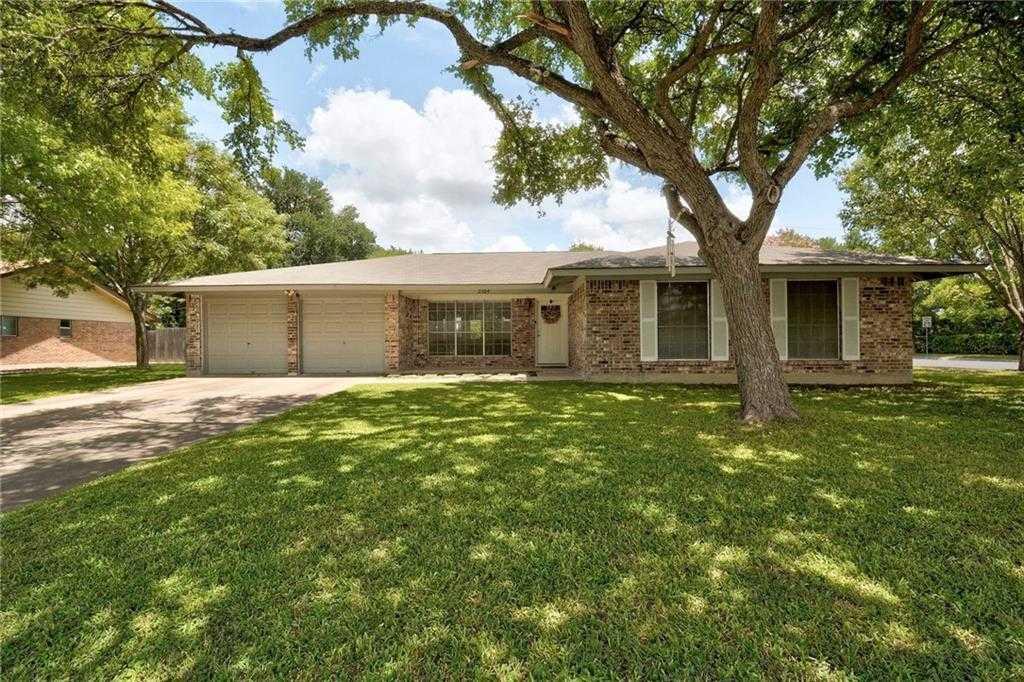 $400,000 - 4Br/2Ba -  for Sale in Castlewood Forest, Austin
