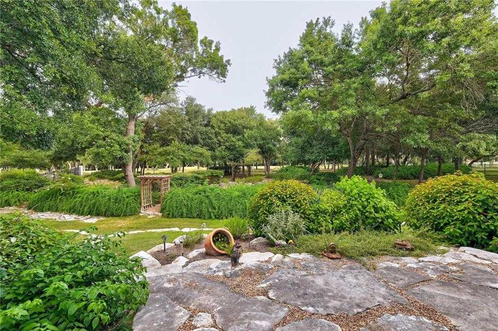 $560,000 - 4Br/3Ba -  for Sale in Berry Creek Sec 09 Ph 03 Rev, Georgetown