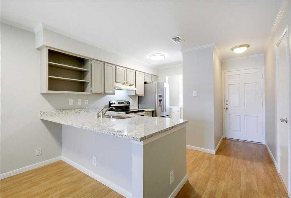 $299,000 - 2Br/2Ba -  for Sale in Travis Oaks Condominiums Ame, Austin