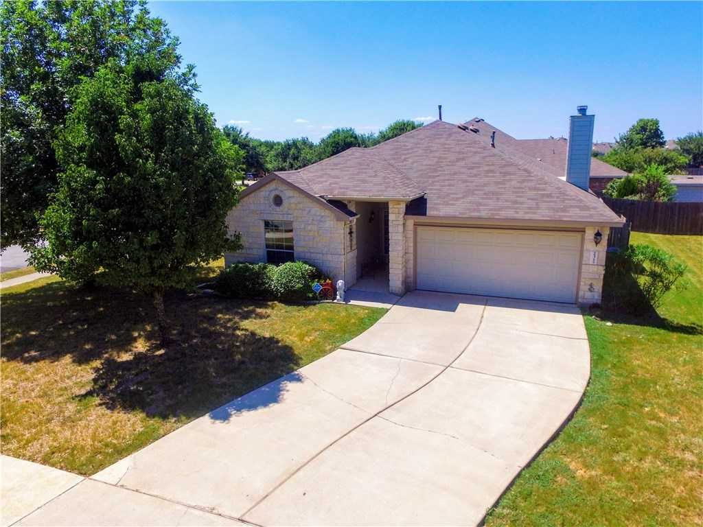 $285,000 - 4Br/2Ba -  for Sale in Whispering Hollow Ph 1 Sec 1, Buda