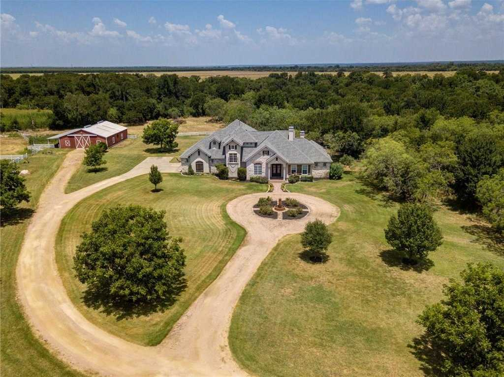 Cool Cedar Creek Tx Homes For Sale Susan Nogues Home Interior And Landscaping Transignezvosmurscom