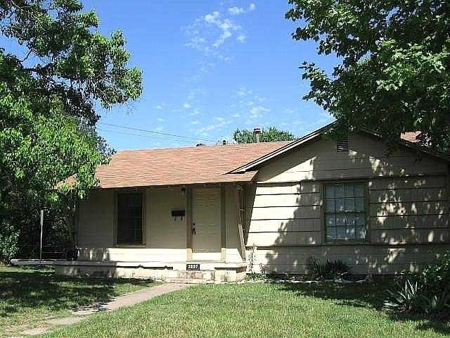$380,000 - 2Br/1Ba -  for Sale in Giles Place Sec 02, Austin