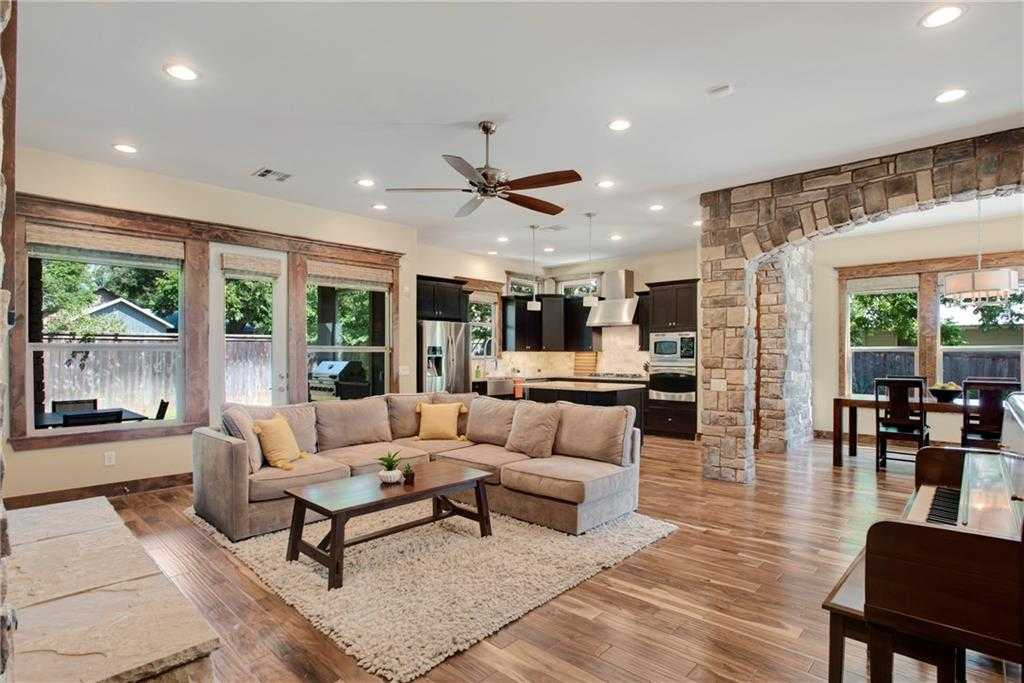 $795,500 - 3Br/4Ba -  for Sale in Brentwood Townhome Condos, Austin