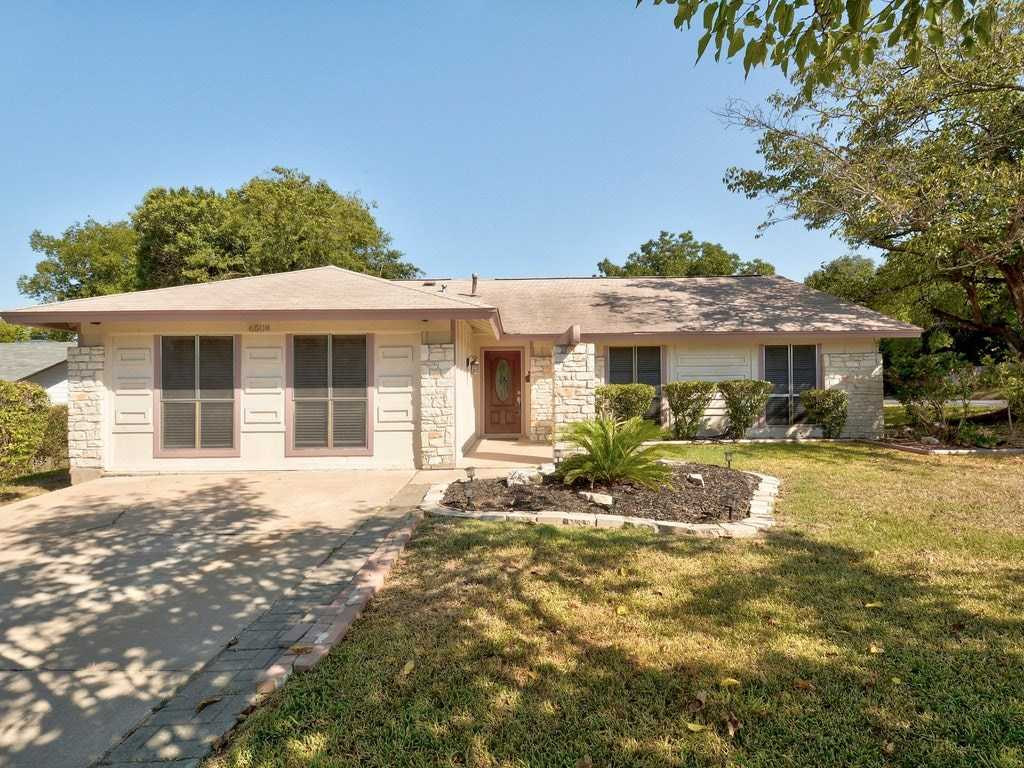 $499,900 - 4Br/2Ba -  for Sale in Bluffs University Hills Sec 01, Austin