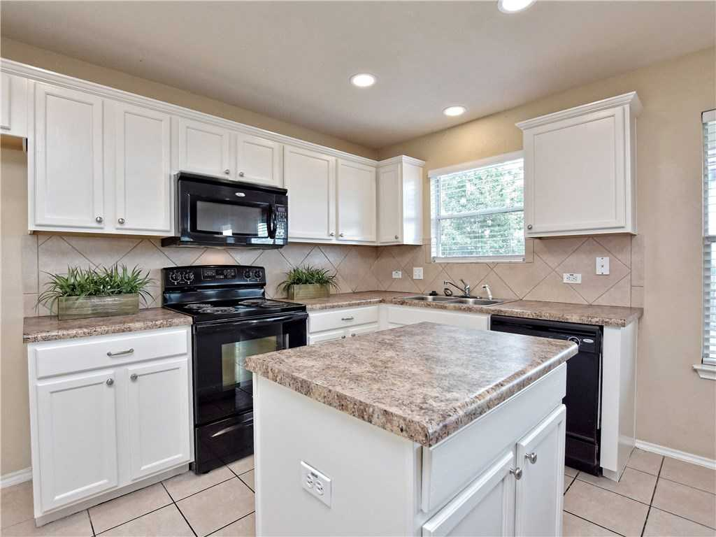 $239,000 - 4Br/3Ba -  for Sale in Benbrook Ranch Sec 02 Ph 01, Leander