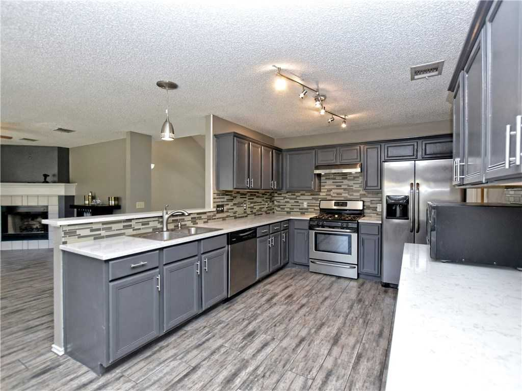 $239,900 - 4Br/3Ba -  for Sale in Steeds Crossing, Pflugerville