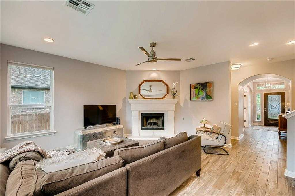 $525,000 - 4Br/3Ba -  for Sale in Circle C Ranch-avana, Austin