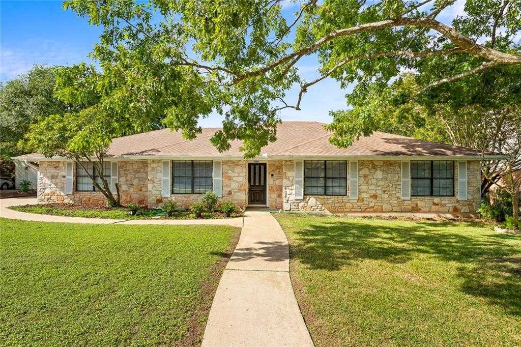 $449,900 - 4Br/2Ba -  for Sale in Shady Hollow Sec 02-a Ph 01, Austin
