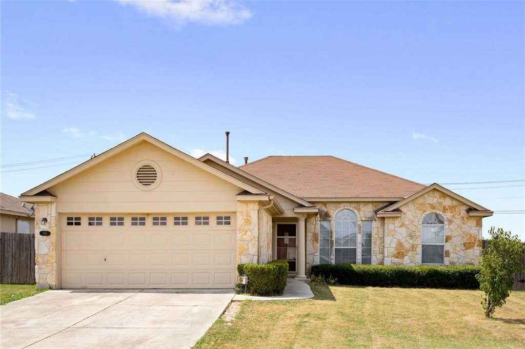 $210,000 - 3Br/2Ba -  for Sale in Post Oak Ph 3, Kyle
