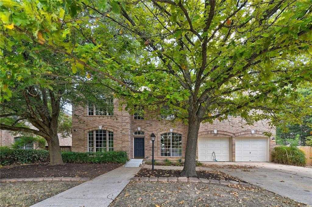 $800,000 - 5Br/4Ba -  for Sale in Travis Country, Austin