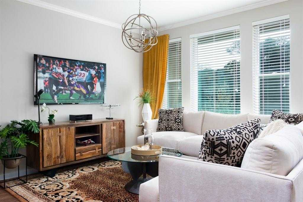 $365,900 - 1Br/1Ba -  for Sale in Zilkr On The Park Condominiums, Zilker Residences, Austin