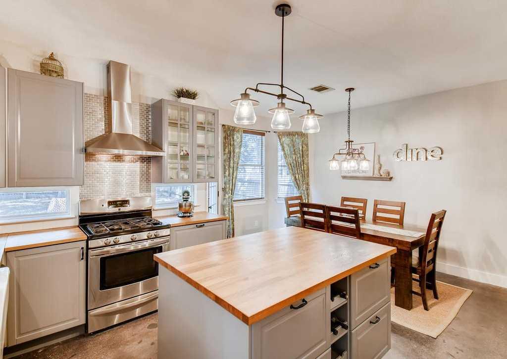 $445,000 - 4Br/3Ba -  for Sale in Legend Oaks Ph A Sec 05a, Austin