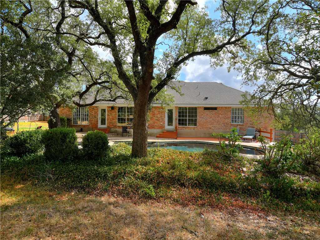 $375,000 - 4Br/2Ba -  for Sale in Legend Oaks, Georgetown