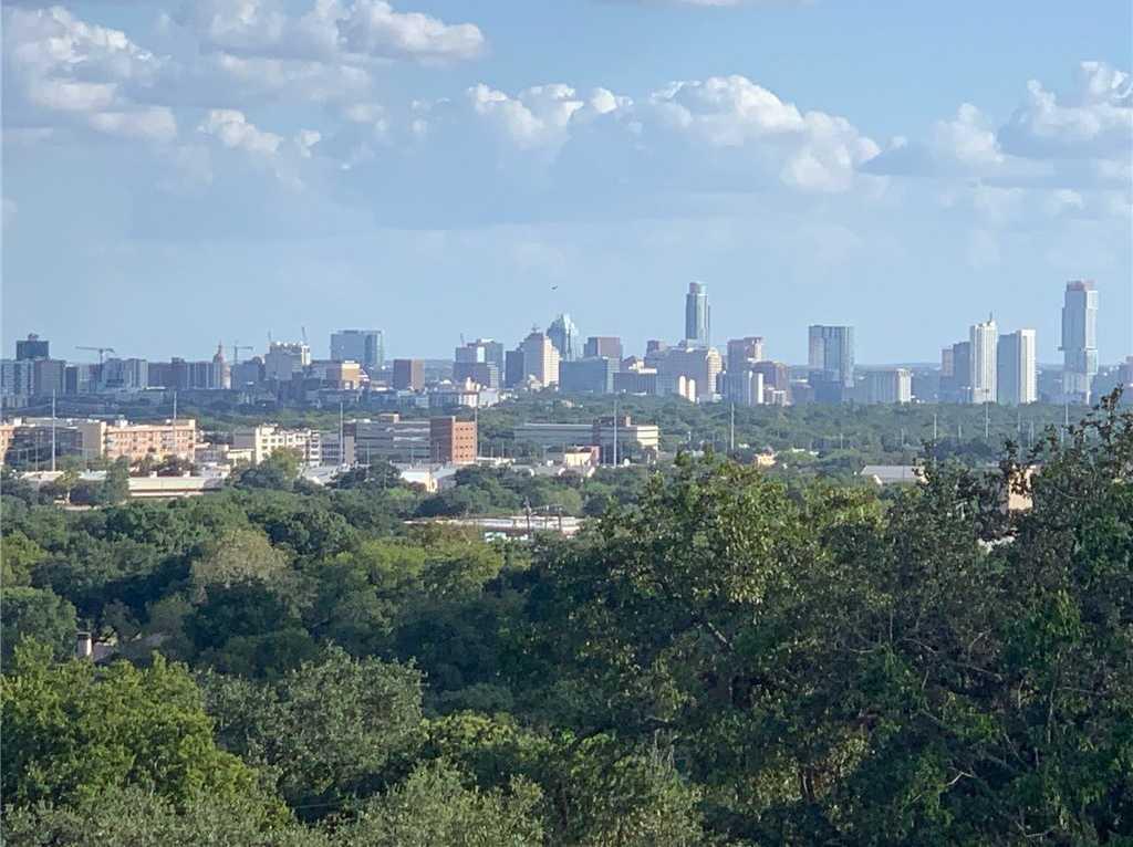 $1,375,000 - 3Br/3Ba -  for Sale in Highland Park West, Austin
