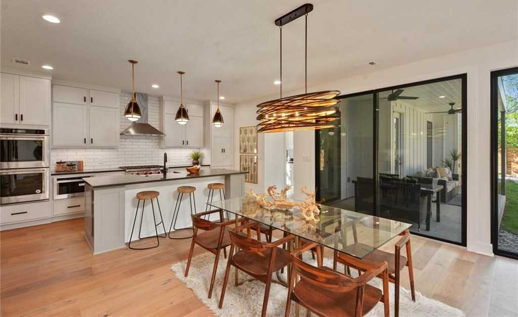 $1,749,000 - 4Br/4Ba -  for Sale in Zilker, Austin