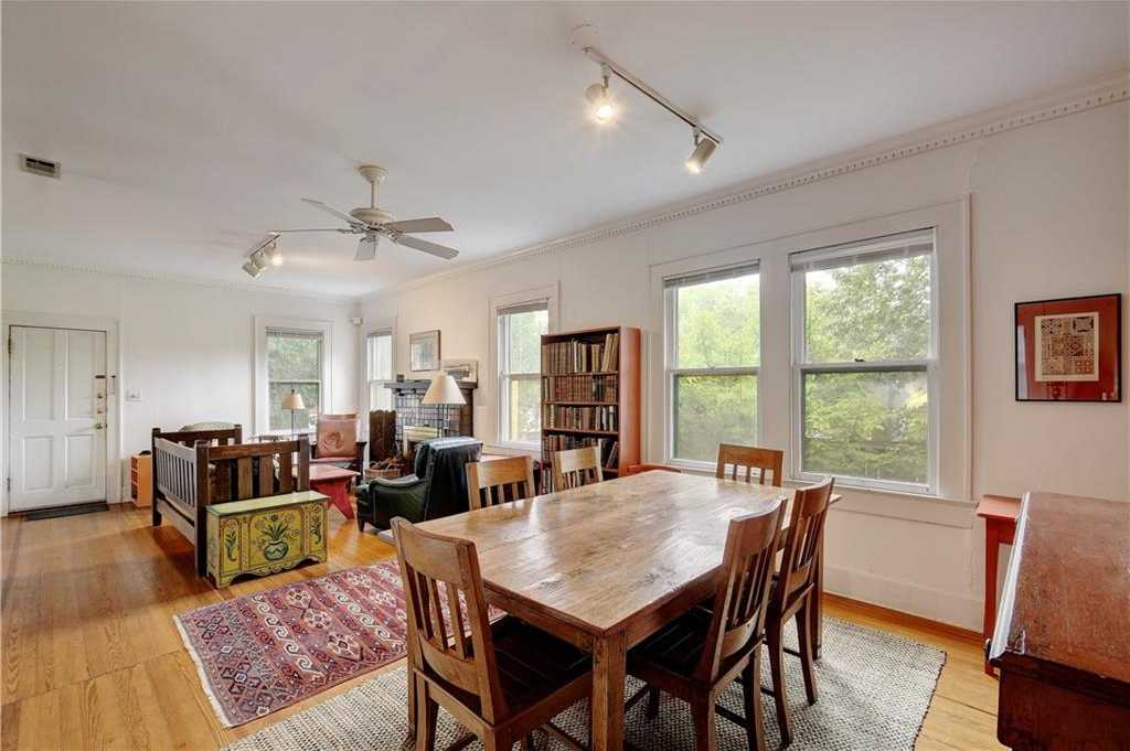$725,000 - 4Br/2Ba -  for Sale in Travis Heights, Austin