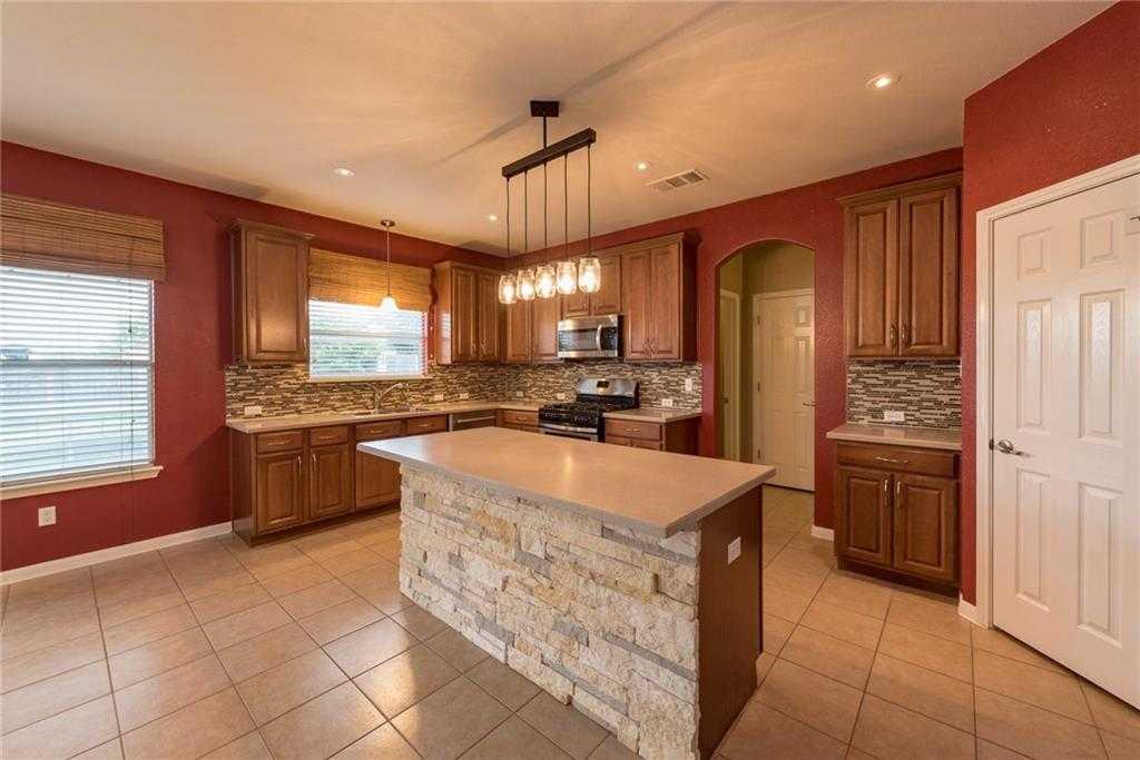 $349,000 - 4Br/3Ba -  for Sale in Teravista Sec 21, Round Rock