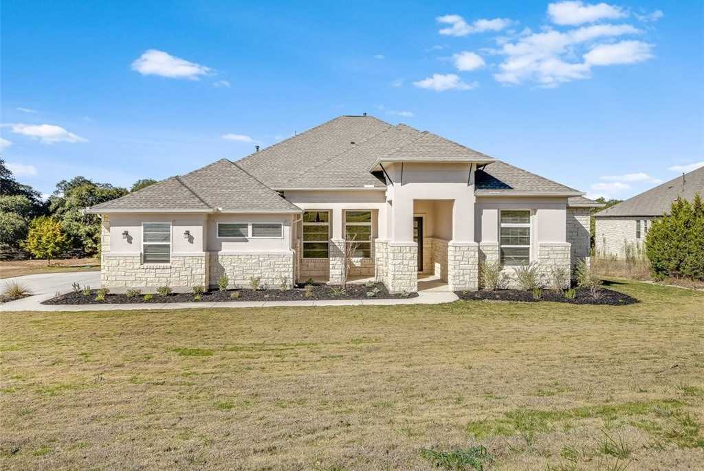 $563,990 - 4Br/3Ba -  for Sale in Rim Rock, Driftwood