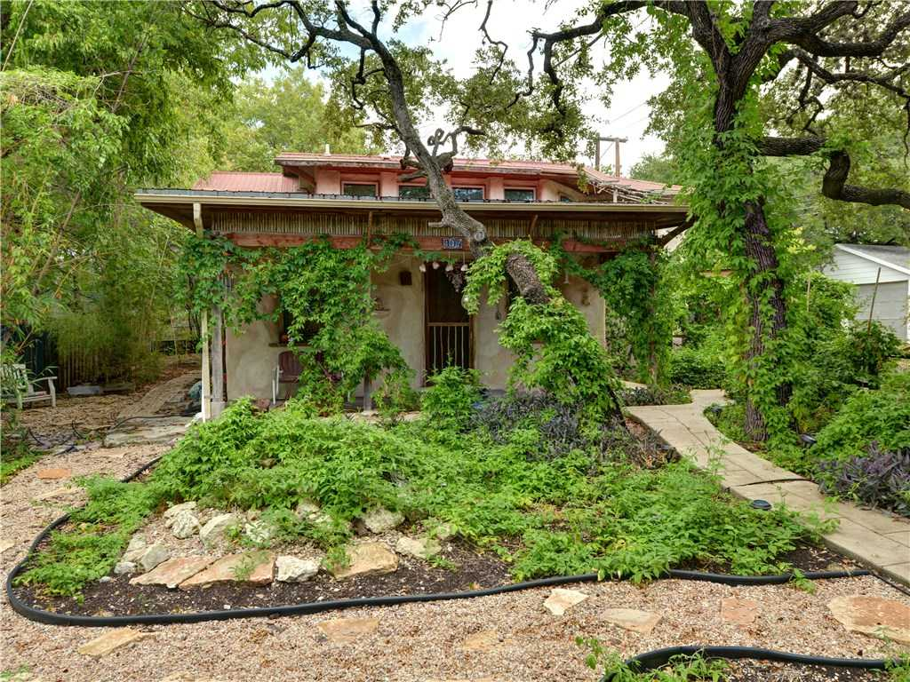 $840,000 - 2Br/3Ba -  for Sale in Travis Heights, Austin