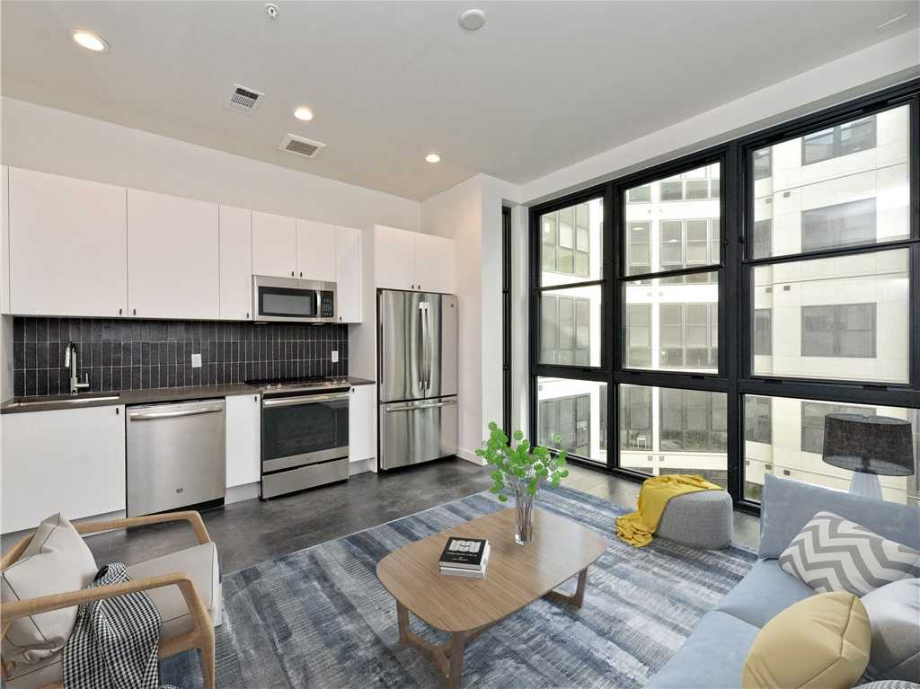 $325,000 - 1Br/1Ba -  for Sale in Robertson Hill, Austin