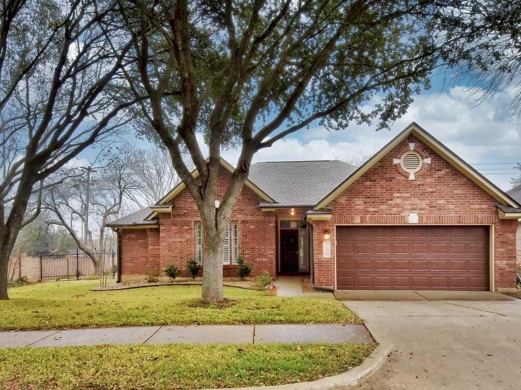 $425,000 - 3Br/2Ba -  for Sale in Legend Oaks Ph A Sec 02, Austin