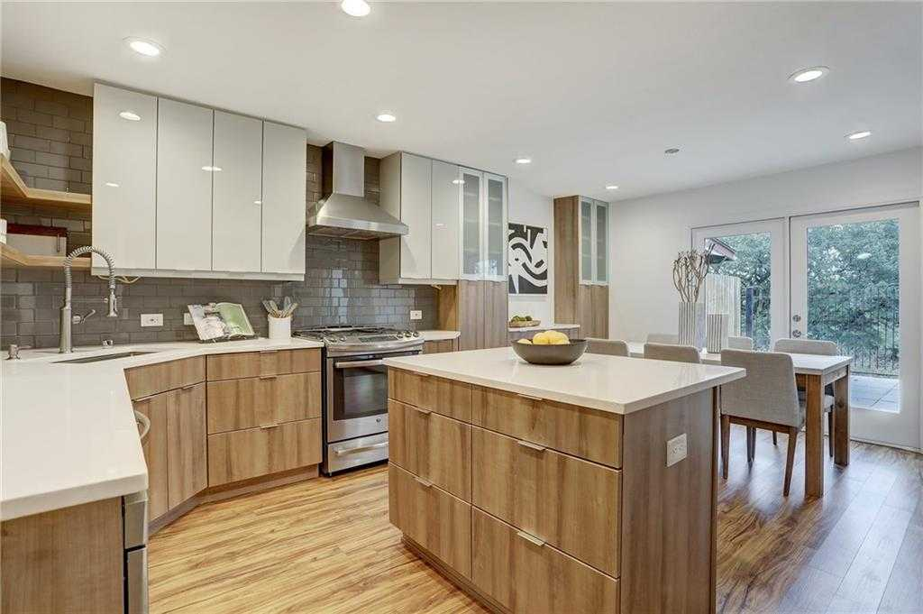 $524,000 - 3Br/3Ba -  for Sale in Great Hills A, Austin