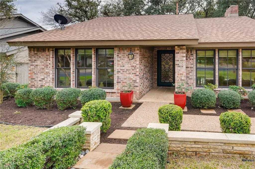 $600,000 - 3Br/3Ba -  for Sale in Trailwood Village 01 At Travis Country, Austin