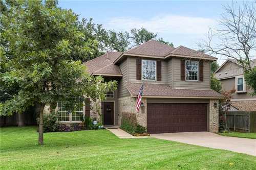 $615,000 - 3Br/3Ba -  for Sale in Legend Oaks, Austin