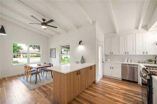 $650,000 - 3Br/2Ba -  for Sale in Jefferson Village, Austin
