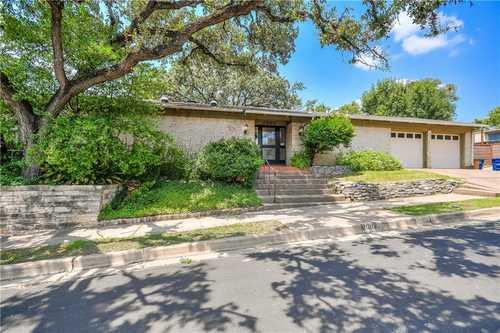 $1,750,000 - 4Br/4Ba -  for Sale in Laurel Heights, Austin