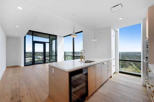 $905,000 - 2Br/2Ba -  for Sale in Rainey Street, Austin
