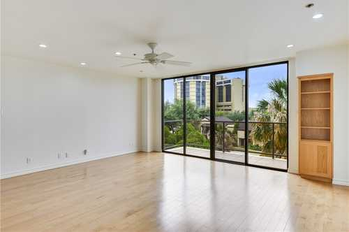 $565,000 - 2Br/2Ba -  for Sale in Towers Town Lake Condo Amd, Austin