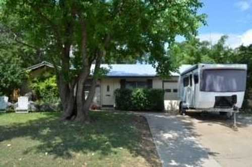 $1,400,000 - 3Br/1Ba -  for Sale in South Lund South, Austin