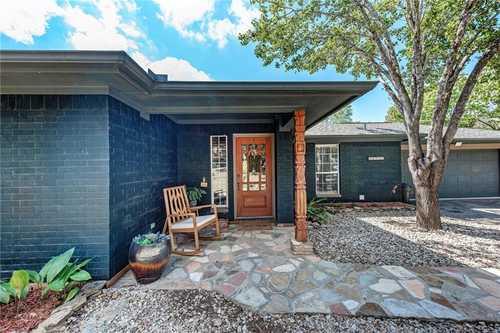 $560,000 - 3Br/2Ba -  for Sale in Travis Oak Trails, Austin