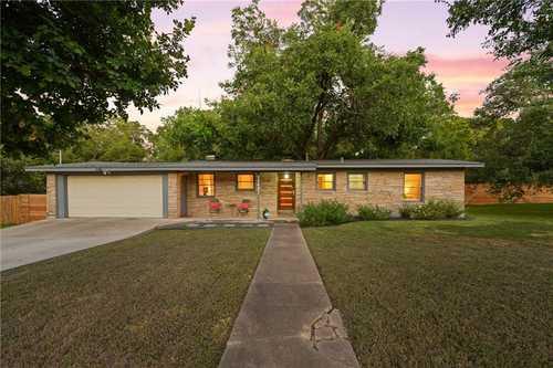 $600,000 - 4Br/2Ba -  for Sale in Eubank Acres Sec 02, Austin