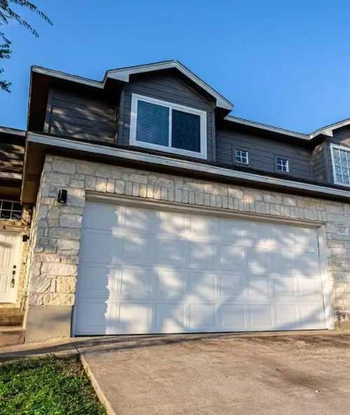 $395,900 - 3Br/4Ba -  for Sale in Matthews Lane Condos, Austin