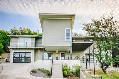 $789,000 - 5Br/3Ba -  for Sale in Inverness Point, Spicewood