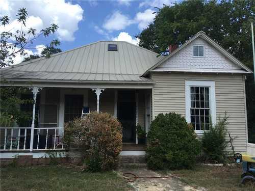 $700,000 - 4Br/2Ba -  for Sale in None, Austin