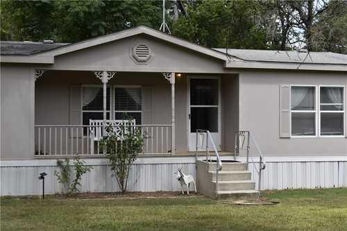 $350,000 - 3Br/2Ba -  for Sale in Sunset Oaks, Bertram