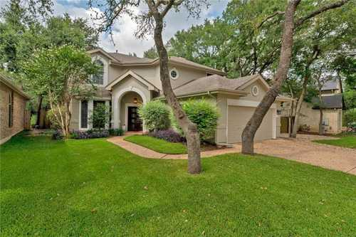 $1,200,000 - 4Br/3Ba -  for Sale in Village Park 3 At Travis Count, Austin